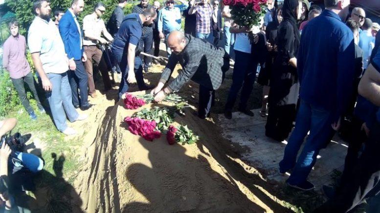 Похороны погибшего в Центральноафриканской Республике журналиста Орхана Джемаля