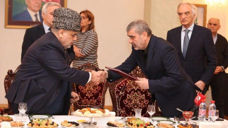 Проблему азербайджанской мечети в Москве ожидается решать на государственном уровне.