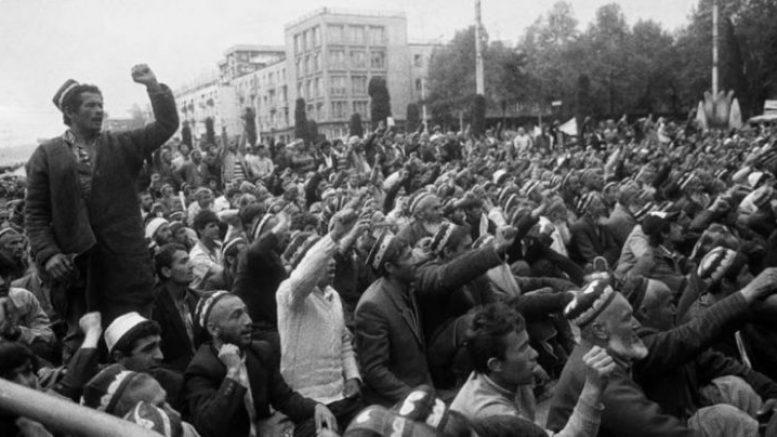 ФЕРГАНСКИЕ СОБЫТИЯ  Кто, как и зачем спровоцировал войну между узбеками и турками в июне 1989 годa