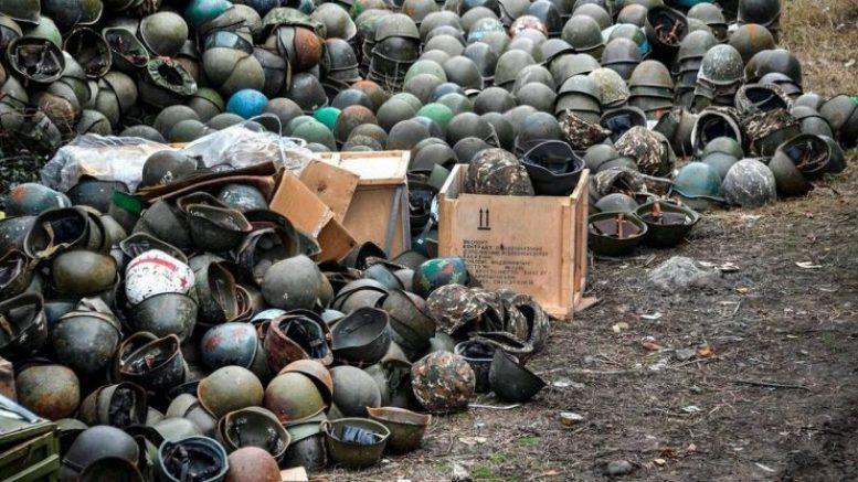 Не знаю сколько армянских пацанов было отдано за чужую землю, но солдатских касок очень много!